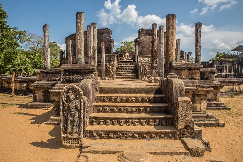 Top 10 Destination in Sri Lanka Polonawura